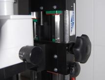 Focus adjustment knob