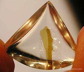 mica-inclusion-quartz-2-2.jpg