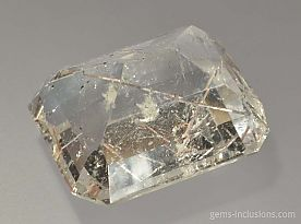 mica-rutile-calcite-twophase-inclusions-4550-3.jpg