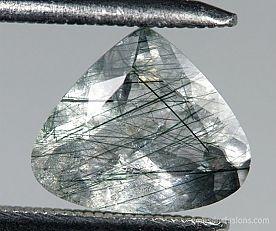 actinolite-inclusions-apatite-1.jpg