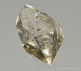 hydrocarbon-inclusions-quartz-798.JPG