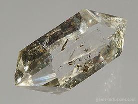 hydrocarbon-inclusions-quartz-737.JPG