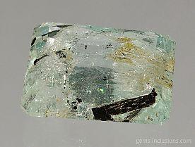 schorl-inclusions-aquamarine-1650.JPG