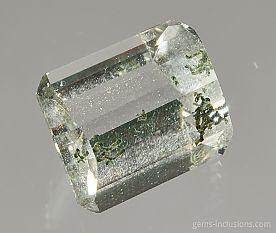 chlorite-inclusions-quartz-1047.JPG