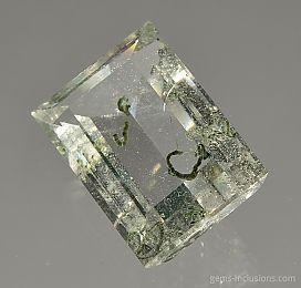 chlorite-inclusions-quartz-1413.JPG