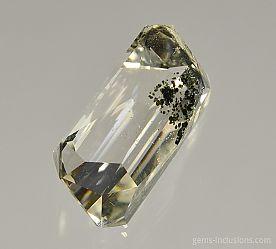 chlorite-inclusions-quartz-1120.JPG