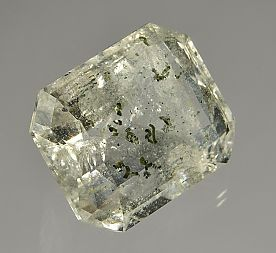 chlorite-inclusions-quartz-2838.JPG