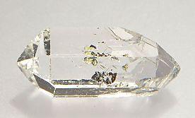 hydrocarbon-inclusions-quartz-180-2.JPG