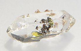 hydrocarbon-inclusions-quartz-140-3.JPG