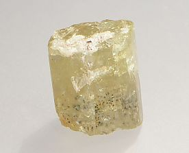 magnetite-inclusions-apatite-317-2.JPG