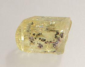 magnetite-inclusions-apatite-138-2.JPG