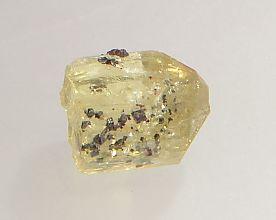 magnetite-inclusions-apatite-116-2.JPG