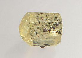 magnetite-inclusions-apatite-116-3.JPG