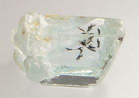 columbite-tantalite-inclusions-aquamarine-538-2.JPG