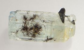 columbite-tantalite-inclusions-aquamarine-359-2.JPG