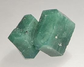 celadonite-inclusions-apophyllite-1297-3.JPG