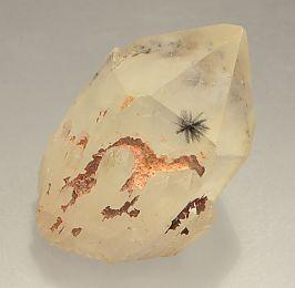 hollandite-inclusions-quartz-1186-1.JPG