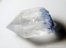 dumortierite-inclusions-quartz-1.jpg