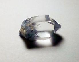 dumortierite-inclusions-quartz-brazil-3.jpg