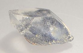 dumortierite-inclusions-quartz-292-7.JPG